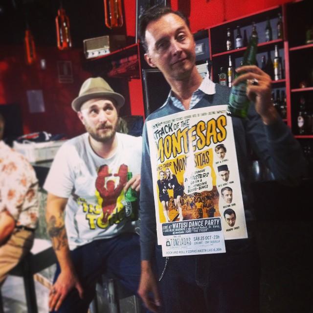 """... Quedan menos de tres horas!!! >>> WATUSI DANCE PARTY con #themontesas y #losbluemarinos después a bailar hasta las 6,30h con los djs Sr.Varo y David Nebot + dj invitado desde California Tony """"The Tyger"""" en @16toneladas_rockclub. #watusidanceparty #marcelbontempi #16toneladas_rockclub"""