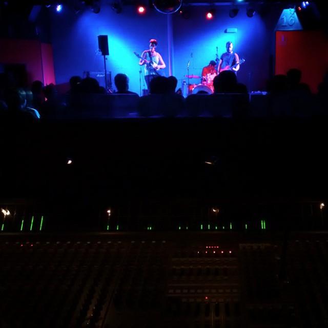 #laetitiasadier luxury sunday at @16toneladas_rockclub #valencia #conciertos #rock